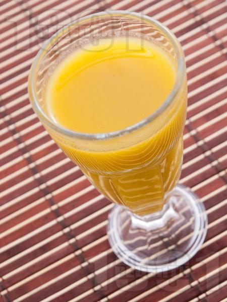 Смути с киви, портокал и ябълка - снимка на рецептата